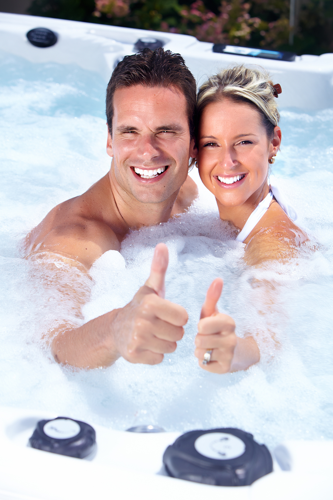Hot Tubs At Demo Prices Raft To Rafters Pool And Spa